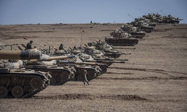 700620-turkish-troops-on-the-syrian-border.jpg