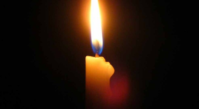 candle1-657x360