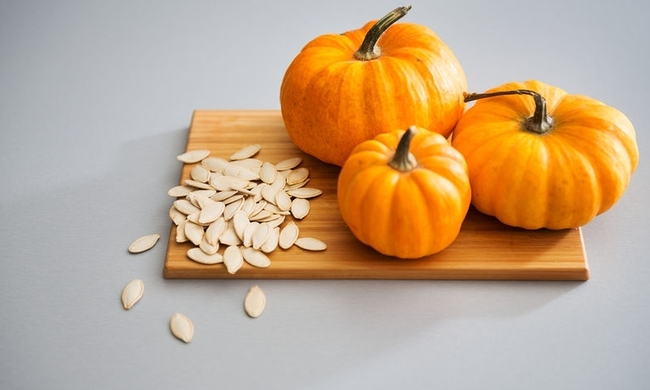 442048-bigstock-closeup-of-miniature-pumpkins-92915252.jpg