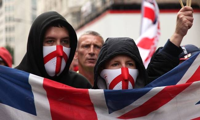 711645-england-racists.jpeg
