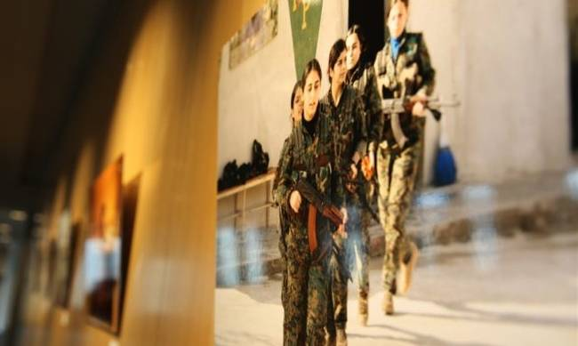 712935-rojava-photo-exhibition-678x381.jpg