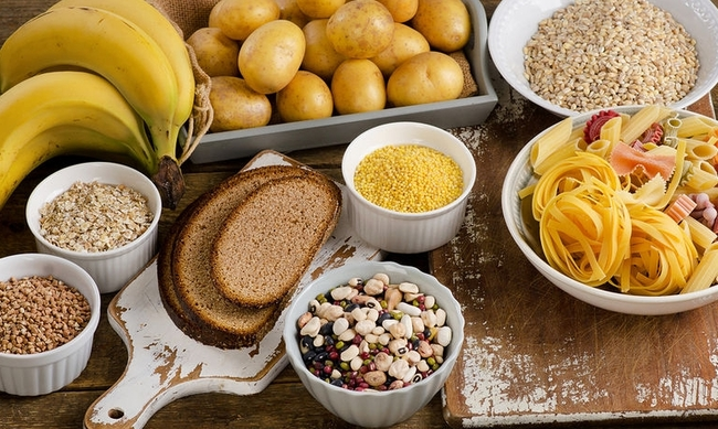 444937-bigstock-foods-high-in-carbohydrate-on-122698742.jpg