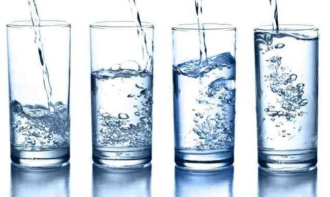 722259-glasses-water.jpg
