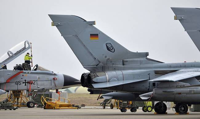 722771-incirlik_germans.jpg
