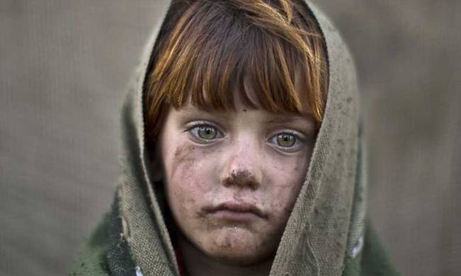 733468-afghan-child-refugee-.jpg