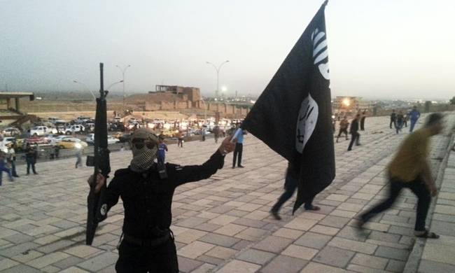 736379-isis-fighter-in-mosul-ira-014.jpg