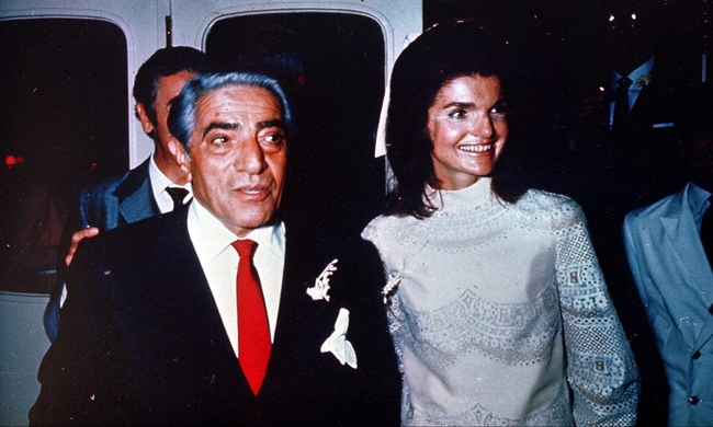 458151-01-aristotle-and-jacqueline-kennedy-onassis-wedding.jpg