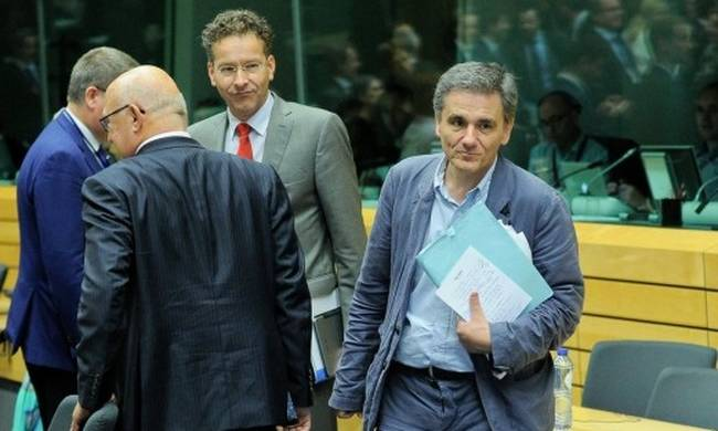 750382-tsakalotos-eurogroup.jpg