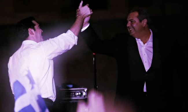 751351-kammenos-tsipras-collage.jpg
