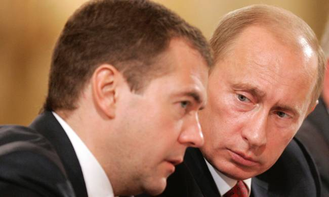 764377-dmitry_medvedev_and_vladimir_putin-1.jpg
