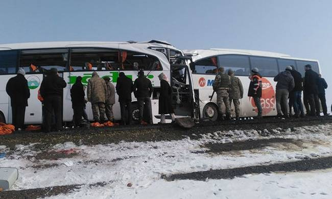 771690-6-killed-16-injured-as-2-buses-collide-in-eastern-turkey-.jpg
