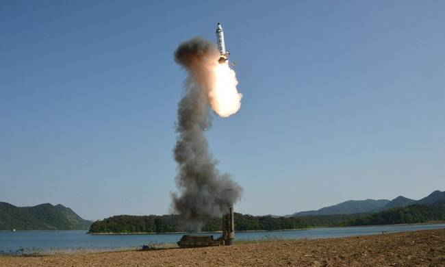 795836-north-korea-missle.jpg