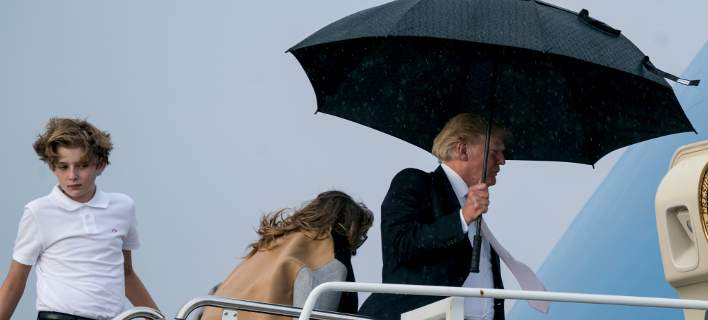trump-umbrella-708